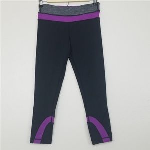 Lululemon Run Inspire Crop Black Violet Size 4